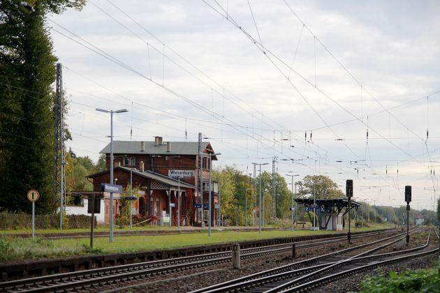Der Bahnhof von Wiesenburg, Ende einer Eisenbahn und Beginn des Landschaftsparks