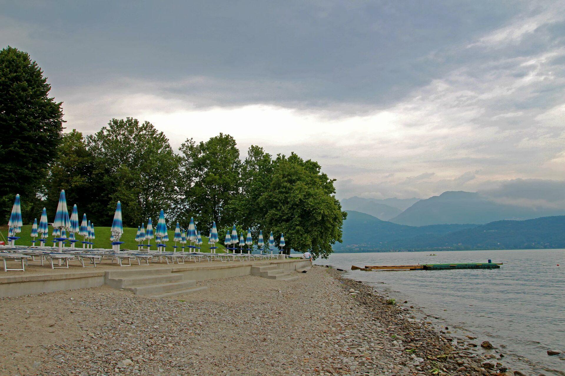 Baden im Lago Maggiore: Luft- und Wassertemperatur lagen ungefähr gleichauf