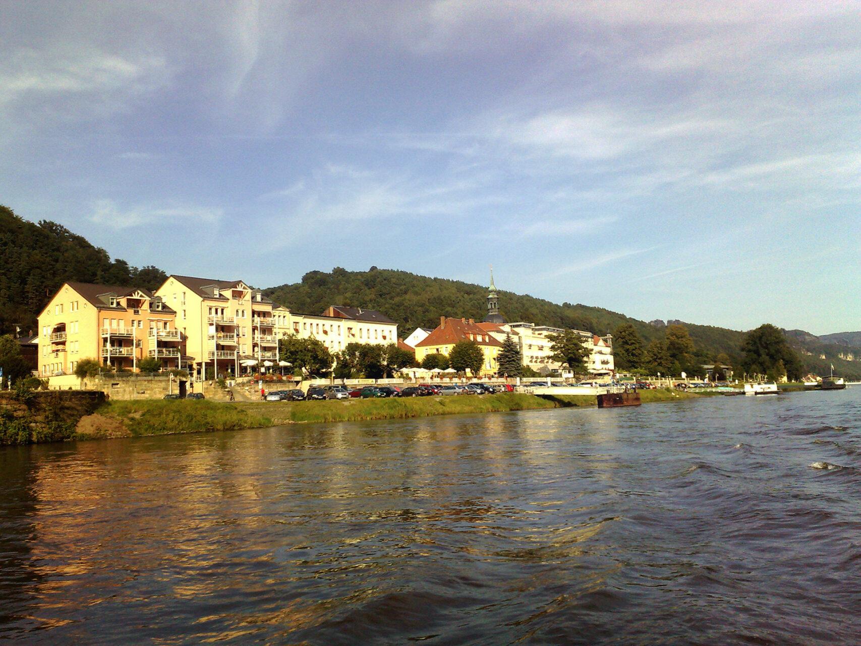 Bad Schandau. Ausgangspunkt oder Endpunkt der Wanderung. Je nachdem wo man startet.