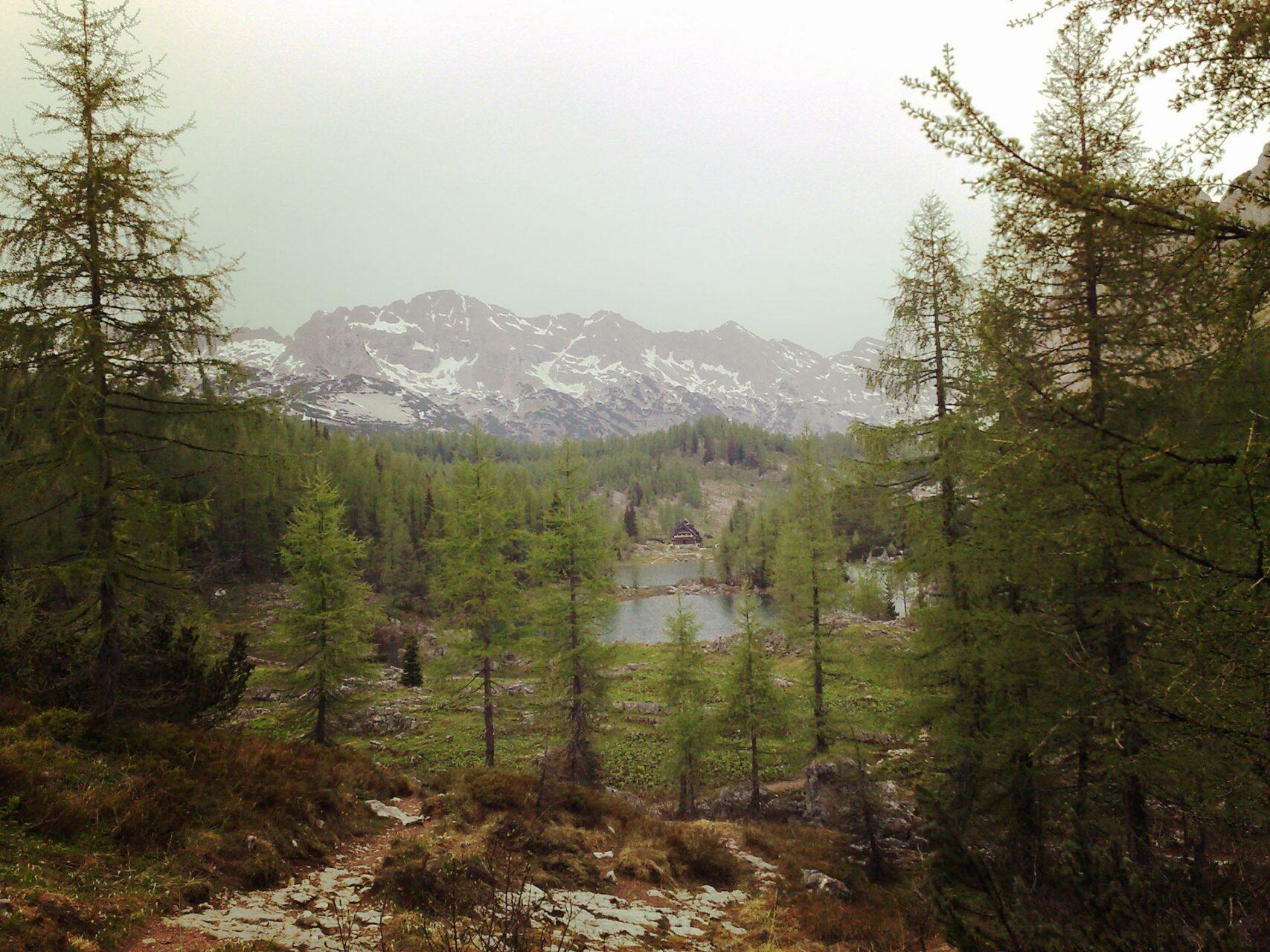 Die Triglavskjh-Hütte an einem der Sieben Seen gelegen.