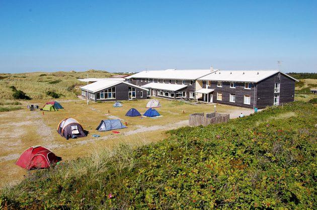 Mitten in den Dünen, Sandstrand und Nordsee direkt vor der Tür: Dikjen Deel.