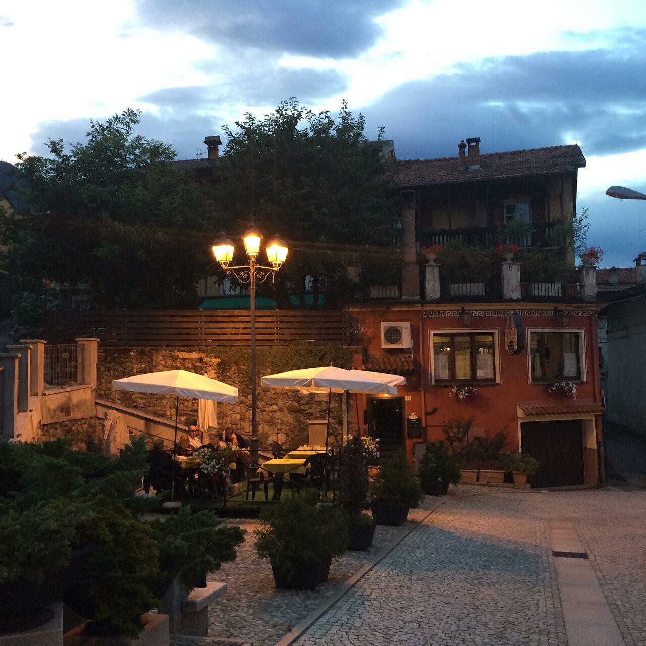 Ein Pinot Grigio am Abend sollte in jedem noch so kleinen Ort Italiens probiert werden