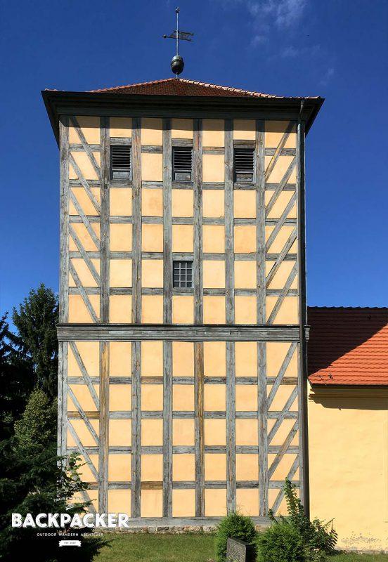 Die Fachwerkkirche in Prenden wusste in seiner stillen Eintracht schon Fontane zu begeistern.