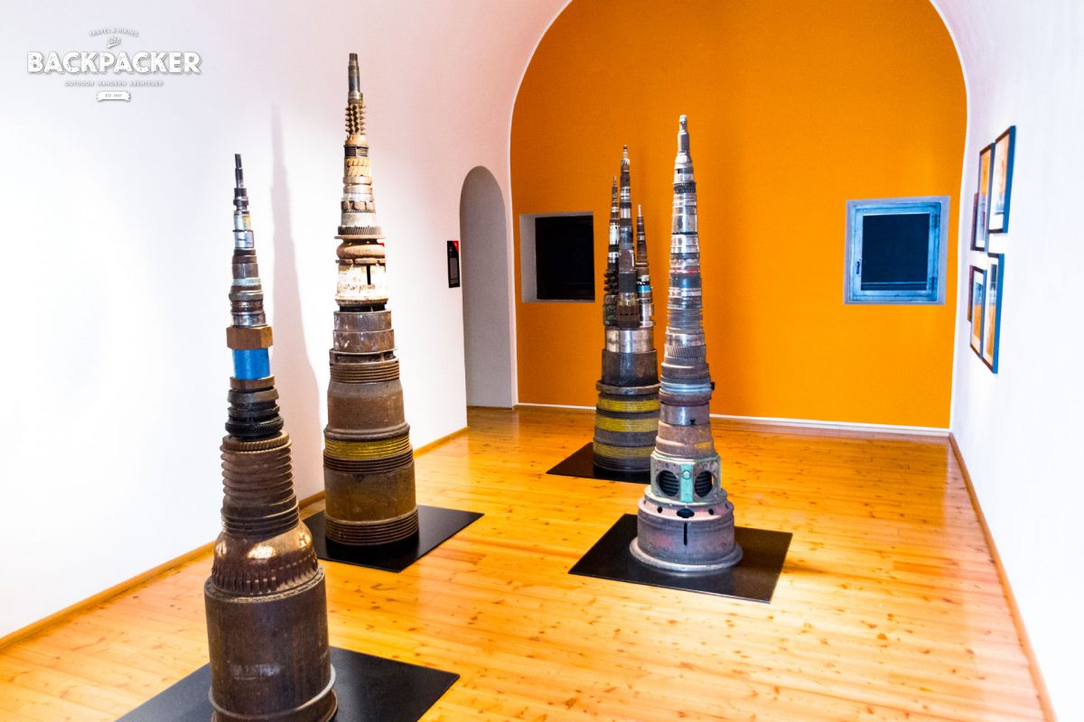 Kunst & Kultur kommen nicht zu kurz: wechselnde Ausstellungen widmen sich unterschiedlichsten Themen.