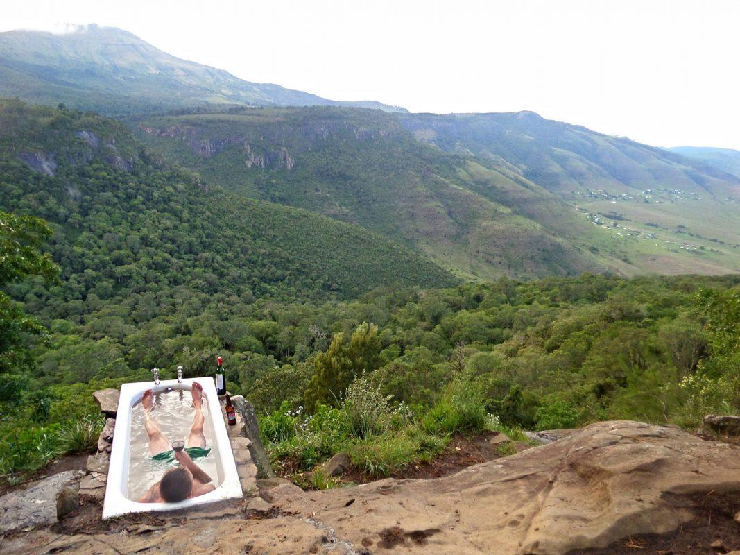 Stilecht in der besten Badewanne der Welt – Südafrika. © Michael Berndt