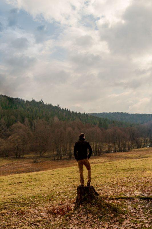 Frei nach Caspar David Friedrich: Wanderer im Vessertal