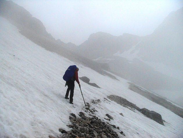 Am Hirbarice gibt es Eis auf Schnee. Besonders für Ungeübte wie uns eine emotionale Erfahrung. Nein, Angst hatten wir nicht. Eine Scheißangst hatten wir.