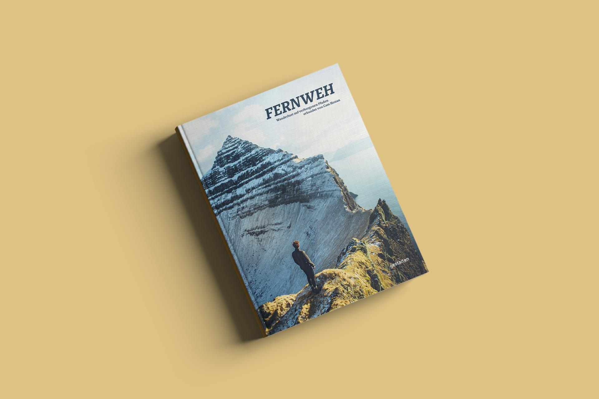 """Cover des Buches """"Fernweh"""" // © Titelbild von Kirstin Vang, Fernweh, Gestalten 2018"""