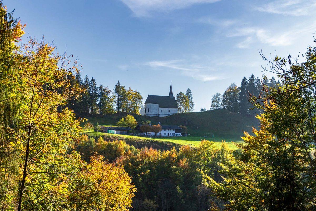 Genauso alt wie hoch gelegen: die 800 Jahre junge Streichenkirche St. Servatius.