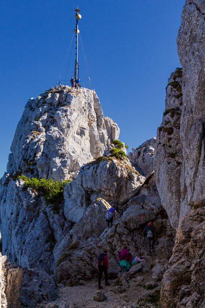 Das Chiemgaukreuz auf dem Ostgipfel der Kampenwand (1.664m)
